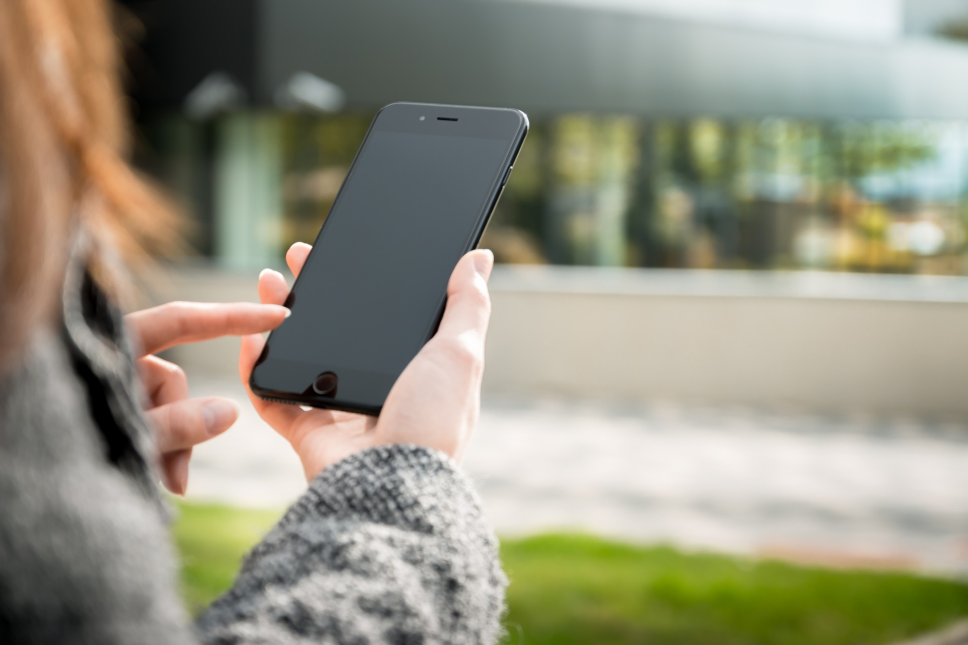 Mental health app marketing commonly presents mental health problems as ubiquitous and individuals as responsible for mental wellbeing.