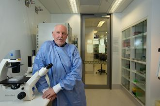 QUT Professor of Immunology Ken Beagley