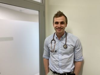 Junior doctors in regional and rural Australia are more likely to be satisfied than their metropolitan counterparts, with better work-life balance and more varied work the main positive factors at play, new research by UNSW medical researchers has shown.