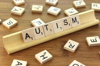 Autism Spectrum Disorder (ASD) seems to be mostly caused by genetics, according to a study which used population data from five countries, including Australia, over 13 years. The researchers looked at over two million people, around 22,000 of which were diagnosed with ASD, to analyse potential ASD risk factors like genetics, environments and maternal effects. They found ASD seems to be about 80 per cent owing to genetic influences, while shared environmental factors only explained about 0.3 per cent of the ASD risk. This study shows ASD is strongly heritable and less due to environmental factors, according to an editorial which says the next step is to dive deeper into the complicated genetics of Autism Spectrum Disorder.